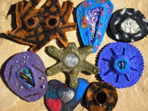 MJohnsonTBROOCHES1