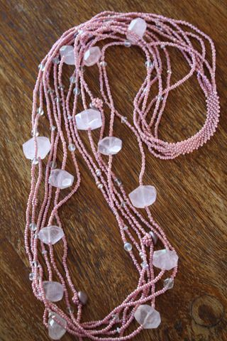 Quartz necklace 001